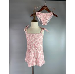 Toptan satış Çocuk Kız Tek Parça Çocuk Sevimli Bikini Kolsuz Kravat Mayo Bölünmüş Moda Mektup Baskılı Plaj Chidren Mayo Yaz 2021