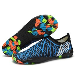 Großhandel (der Link für Mischungsauftrag) Rutsch-Sneakers Aqua-Schuhe Schwimmwasser Frauen Strand flach weiche Unisex