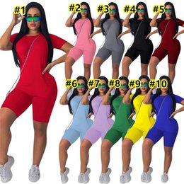 3XL 4XL Donne Yoga Tracksuits estate Gym Gym Abbigliamento Due pezzi Set di due pezzi manica corta T-shirt da t-shirt pantaloncini a colori solidi Abiti da jogger Vestito Plus Size Sweatsuits Leisure Wear 3307 in Offerta