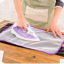 Cubierta de plancha de planchado de planchado de alta temperatura Aislamiento protector del hogar contra tableros de almohadillas de presión Paño de malla DHF7638 en venta