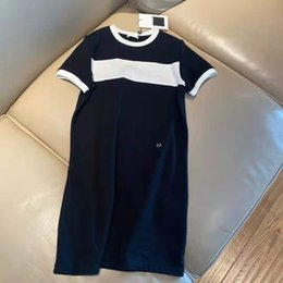 Wholesale Women Dress T Shirts Long For Spring Summer Outwear Casual Style With Budge Letter Lady Slim Dresses Tees Shirt Pleated Skirt Button Zipper Bust Tops