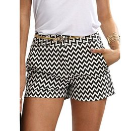 Wholesale black white stripe skirts resale online - 2021 summer women s casual black and white wave stripe middle Waist shorts without beltBDZ2