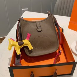 Top Grade Genuine Leather Handbags Purse Cross Body Bag Plain Lichi Pattern Belt letter Width Belt Lady Classic Single Shoulder Bags