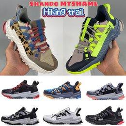 Nieuwste Shando Mtshaml Wandelen Trail Mannen Sportschoenen Zwart Blauw Geel Ruimte Grijs Wit Volt Khaki Mens Dames Designer Sneakers Outdoor Trainers