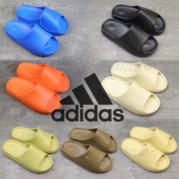With Box Slippers kanye wests sandals men women triple slides bone resin desert sand earth brown Foam Runner mens womens west slipper slider 36-45 #Q73z# on Sale
