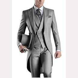 men wedding suit grey Australia - Groom Slim Fit Men Suit Tailcoats Light Grey Custom Prom Groomsmen Mens suits Wedding Tuxedo ( Jacket+Pants+Vest+Tie+Hanky)1