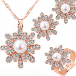 $enCountryForm.capitalKeyWord Canada - Flower Pearl Jewelry Sets Necklace Earrings Sets Fashion Crystal Jewelry For Women Best Gift 18K Gold Plated Fine Jewelry 41H41