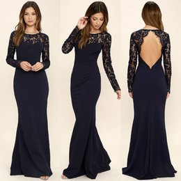 Barato Mangas Da Dama De Honra Da Marinha-Mais novo Dark Navy Mermaid Bridesmaid Dresses 2018 Sheer Long Sleeves Lace Sexy keyhole Backless Long Evening Wedding Guest Gowns