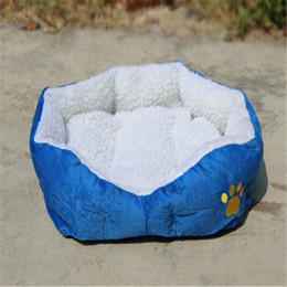 Cat Baskets Beds Canada - Warm Indoor Soft Fleece Puppy Pets Dog Cat Bed House Basket with Mat waterproof