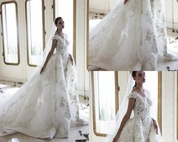 $enCountryForm.capitalKeyWord Canada - Zuhair Murad Beach Wedding Dresses With Detachable Train 3D Floral Applique Plus Size Wedding Gown Sequins Mermaid Bridal Dress Country