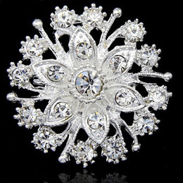 Barato Vestidos De Casamento Vendidos Prata-Hot Selling Pretty Flower Diamante Silver Brooch Wedding Bridal Bouquet Acessórios de jóias de moda B909 Girls Dress Pins For Party