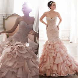 Barato Beaded Sweetheart Vestidos De Sereia-Vestidos De Noiva Blush Pink Mermaid Wedding Dresses 2017 Sexy Crystal Beads Sweetheart Beaded Bodice Ruffles Bridal Gowns Custom Made