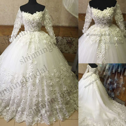 3d Fleurs Rose Images Pas Cher-Real Picture Robes de mariée 2016 Ball Gown Sweetheart Neckline Lace Up Full Hand Made FLowers 3D Flowers Crystal Chapel Train Wedding Gowns
