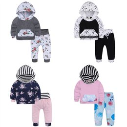 Barato Camisa Listrada Da Luva Longa Barata-Baby Hooded Sets Long Sleeve Floral Impresso T-shirts Striped Leggings Calças 2pcs Ternos Kids Spring Autumn Clothing Cheap Free DHL 555