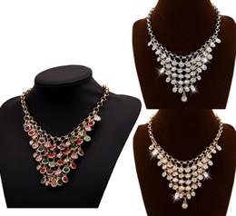 Vente en gros Femmes À La Mode Multi Layer Crystal Glands Foulard Bib Déclaration Collier Bijoux 3 Couleurs Choisir