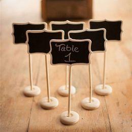 Venta al por mayor de Wholesale-5pieces Mini pizarra de madera de madera Pizarra en el soporte del palillo Número de mesa para la decoración del evento de boda