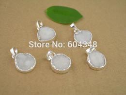 $enCountryForm.capitalKeyWord Canada - crystal luxury Crystal Shiny 5pcs Druzy Quartz Pendant Beads in White color, 15mm Round shape Silver plated Drusy Bezel Gem stone Pendant, F