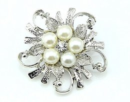 Round Flower Brooches Canada - Free Shipping ! Top Jewelry Wholesale Rhodium Silver Plated Clear Rhinestone Crystal Pretty Flower Brooch With Pearl
