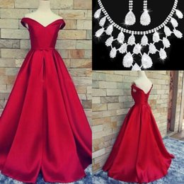 $enCountryForm.capitalKeyWord Canada - 2017 Vintage Guest Dresses V-neck Evening Dresses Backless Lace Up Prom Dresses Sleeveless A-Line Sash Satin Evening Gown Free Necklace Set