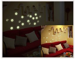Diy Cartoon Light Pas Cher-Night Light Luminous Stickers muraux DIY Décoration Décoration Sticker mural pour enfants Chambres Stickers muraux Cartoon Smile Face
