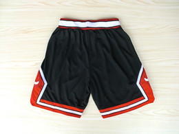 SportS logoS free online shopping - Shorts Men s Shorts New Breathable Sweatpants Teams Classic Sportswear Wear Embroidered Logos Cheap Sports Shirts