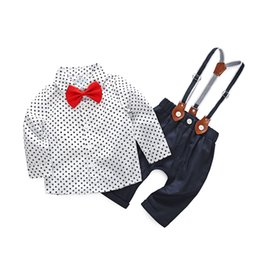 Barato Arcos Para Meninos-Spring Baby Boys Clothes 2018 Boys Dots Bow Shirts com Suspender Pants Kids Boys Moda Gentleman Outfits Kids Roupas Conjuntos