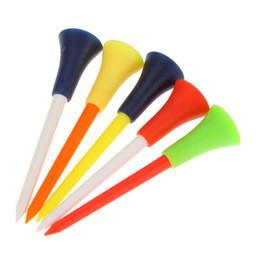 Großhandel Freies Verschiffen 50 Teile / satz Multi Farbe Kunststoff Golf Tees 83mm Durable Gummikissen Top Golf Tee Golf Zubehör