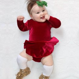 Barato Garoto Ruffled Criança Pequena-Bebês de Natal Velvet Rompers Infant Kids Girls Moda Ruffles Jumpsuits Toddler Princess Spring Romper 2018 Kids Clothing