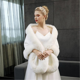 Barato Casacos De Peles De Avestruz-Luxor Avestruz Feather Bridal Shawl White Red Fur Wraps Casamento Shrug Coat Noiva Winter Wedding Party Boleros Jacket Cloak LD05059