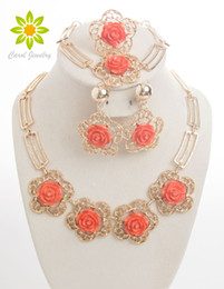 $enCountryForm.capitalKeyWord NZ - Accessories Wedding African Beads Jewelry Set 18k Gold Plated Vintage Flower Earring Bracelet Necklace Ring Fashion Hollow Out