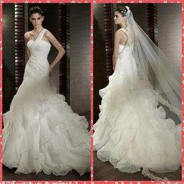 los diseadores exclusivos de un hombro vestidos de boda de la sirena riza el tren de la capilla vestidos de novia de encaje apliques de lentejuelas moderno