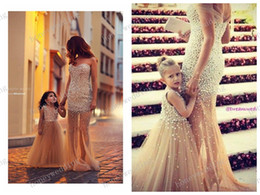 $enCountryForm.capitalKeyWord Canada - Fashion Dresses Custom Make Flower Girl Dress Beaded Little Girl Dresses Princess Gown Mother And Daughter Dresses 2019 New Hot Sale