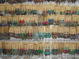2017 nova moda jóias aleatória mix 12 estilo 12 pares / lote prata tibetana do vintage / resina de bronze gem gota earings dangle brincos venda por atacado