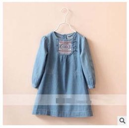 Barato Vestidos Longos Das Crianças-5pcs / lot Girl's Denim Dress Spring Autumn Kids Dresses Chest Appliqued Long Sleeve Frock Crianças Vestuário Voltar Botão Loose Casual B0334
