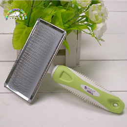 cats comb NZ - CM903 Wholesale Goods For Pets Stainless Steel Comb For Dogs Cats Pink Green Comb Hair Combs
