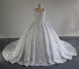 Balls Falls Weddings NZ - 2018 winter fall snow garden Ball gown hands made flowers wedding dresses western bridal wedding gowns