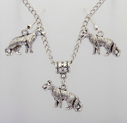 Discount dog christmas presents - Hot Alloy Ancient Silver Leopard Wolf Dog Charm Pendant Necklace&Earring Set DIY Women Jewelry Accessories Valentine&#03