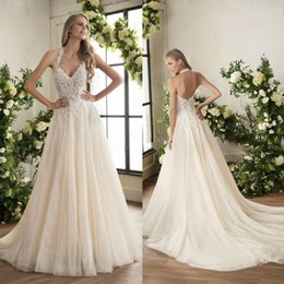 Discount jasmine garden - Jasmine 2018 Boho Wedding Dresses Sexy Lace Appliqued Halter V Neck Backless Bridal Gowns Crystal Garden Country Wedding