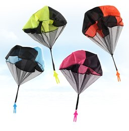 $enCountryForm.capitalKeyWord Canada - Mini Kids Parachute Hand Throwing Parachute Toy Play Outdoor Games Children Educational game Parachute With Figure Soldier Child Fun