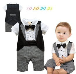 Barato Macacões Brancos-Baby Boys Rompers Bow Tie Black White Plaid Summer Short Sleeve Handsome Jumpsuits Overwear roupa infantil E13714