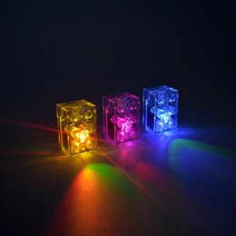 Electric Blocks Canada - 5pcs lot LED Light Building Blocks Bricks Toys With LED Lights Colorful Light-emitting Kids Toys Compatible With Lg