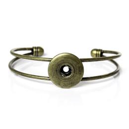 $enCountryForm.capitalKeyWord Canada - Antique Bronze Noosa Chunk Snap Button Bracelet Metal Alloy Bracelet Press Stud Ginger Snaps Women Jewelry New Arrival