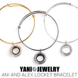 Charm Bracelet Locket Canada - 10pcs lot 3 Colors Mix 20mm Floating Living Memory Glass Locket Bracelet Floating Locket Charms Bracelets Bangles