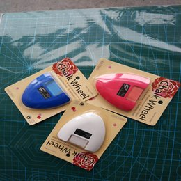 tools taiwan 2018 - Diy Sewing Parts Chalk Wheel Tailor S Chalk Three Different Colours Available 3 Pcs  Lot Made In Taiwan High Quality Sew