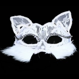 Masque De Chat Cosplay Pas Cher-Masque de dentelle de Fox Fox sexy moitié face noir / blanc visage de chat masque de fête de Venise masques de performance Cosplay Props Masquerade 12pcs / lot SD399