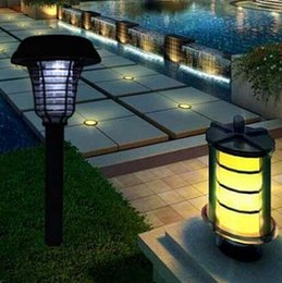 Wholesale Bug Mosquito Insect Killer Lamps Outdoor Solar Lamps Bug Zapper Solar Light Waterproof Outside Led Light Lamp Lawn Garden Path Walkway Light