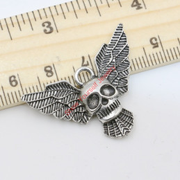 $enCountryForm.capitalKeyWord Australia - 8pcs Wholesale Antique Silver Plated Wings Skull Charm Pendant for Jewelry Making DIY Handmade Craft 25X30mm B116 Jewelry making DIY
