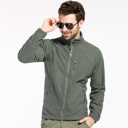 Barato Hoodie Tático-Tactical Outdoor Softshell Fleece Jacket Homens Light Weight Sportswear Caça Thermal Hiking Hoodie Jacket Frete Grátis