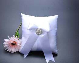 $enCountryForm.capitalKeyWord Canada - Square Pearl Rhinestone Bucket Satin With White Bow Bridal Ring Bearer Pillow Beaded Wedding Ceremony Favors Box
