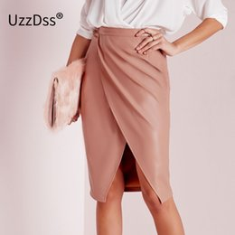 Barato Saia De Couro Macio-UZZDSS New Fashion 2017 Spring Women Soft PU Leather Skirt Vintage Bodycon Saia Midi Sexy Clubwear High Waist Pencil Saias